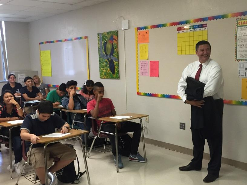 School District Superintendent Dr. Robert Avossa shares a laugh with Ms. Penate's Spanish II class during his visit to OH.