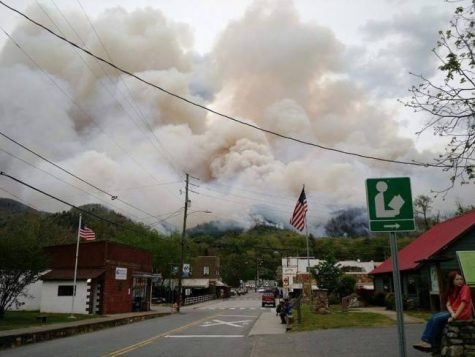 Arson Suspected As Wildfires Burning Throughout Appalachian Mountains