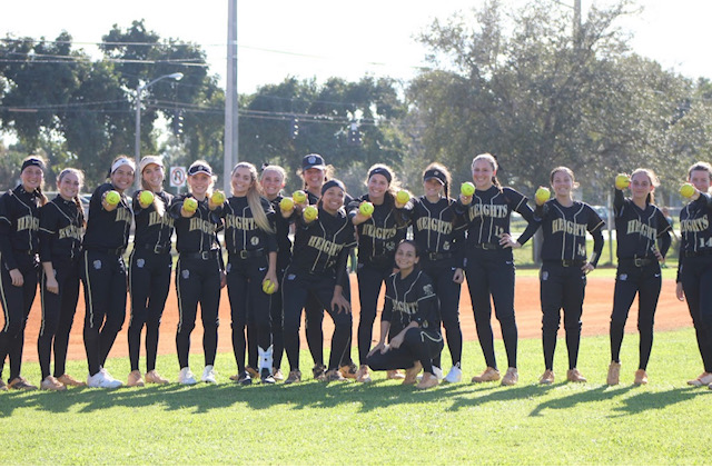 The+2019+Olympic+Heights+Varsity+Softball+Team