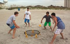 Olympic Heights Spikeball Club offers students a way to become involved, stay active, and have fun