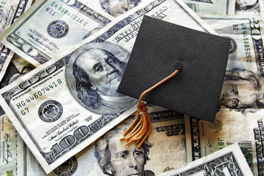 OPINION%3A+From+yearbook+portraits+to+prom+to+graduation+cap+and+gowns%2C+senior+year+costs+are+becoming+exclusionary