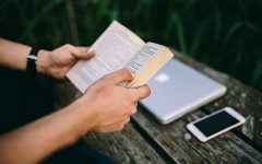 More teens are turning away from the traditional novel for their personal pleasure reading